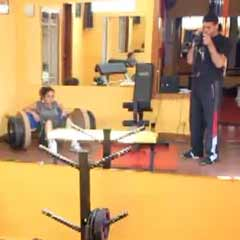 120Kg (264lbs) Hip Thrust by a FEMALE! July 2011